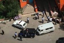 В Павлодаре человек выпал из окна многоэтажного дома