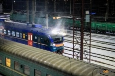 Дополнительные поезда по двум направлениям запустят к Новому году
