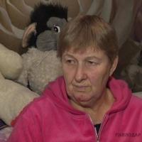 В Павлодаре бабушка полгода ищет внучку, сбежавшую со взрослым мужчиной