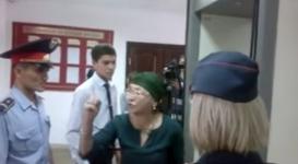Закрытый суд над актюбинской студенткой завершился скандалом
