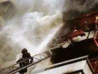 Пожар в центре Павлодара: от огня пострадали 12 квартир