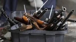 Павлодарцы сдают оружие, найденное на улице и доставшееся в наследство