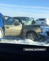 Шесть человек пострадали в результате лобового столкновения на трассе сообщением Павлодар-Кызылорда