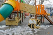КСК и акимат договорились о совместном контроле за состоянием детских и спортивных площадок во дворах