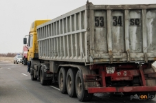 Развивая бизнес грузоперевозок в Павлодарской области, карьерные самосвалы смогут выезжать на дороги общего пользования