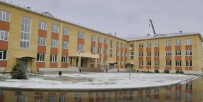 Новую школу в Затонском микрорайоне пообещали сдать в эксплуатацию до конца 2020 года
