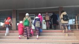 В Казахстане продолжают штрафовать «по спорам вокруг платков в школах»