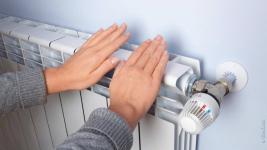Повреждения на сетях не дают подключить оставшиеся павлодарские многоэтажки к теплу и горячей воде
