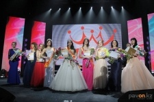 В Павлодаре честь 8 марта выбрали самую красивую девушку алюминиевого дивизиона