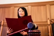 В Павлодаре мошенника, завладевшего 1,8 млн. тенге суд приговорил к трем годам ограничения свободы