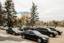 Акимы трех районов Павлодарской области девять лет не меняли свои служебные авто