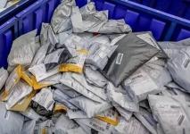 Павлодарцы раскритиковали франчайзинговую точку выдачи посылок, которую АО «Казпочта» открыла для удобства населения