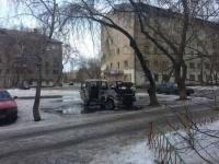 Во дворе жилого дома в Павлодаре сгорела машина