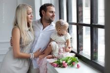 Сделать семейную фотосессию в студии