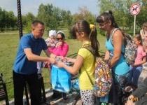 В Павлодаре свыше 200 детей к началу учебного года получили шефскую помощь от АО «Алюминий Казахстана»