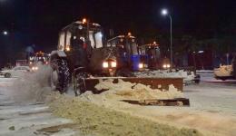 К полуночи Абылкаир Скаков проверил, как проводится уборка снега в Павлодаре