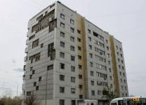 Дом на улице Майры, с которого фасад несколько лет отлетает кусками, наконец-то будут ремонтировать