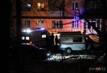 В Павлодаре 25-летняя девушка упала с балкона