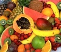 """Эпидемиологи предупреждают казахстанцев об отравлении """"левыми"""" фруктами и овощами"""