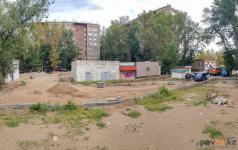 Жители дома по улице Камзина ждут, как преобразится их двор после ремонта