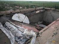 У павлодарской многоэтажки обрушилась часть крыши