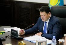 Булат Бакауов раскритиковал деятельность агентства по привлечению инвестиций