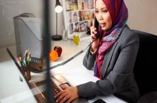 В Казахстане госслужащей запретили ходить в платке на работу