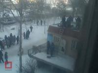 Спрыгнувшая с крыши 9-го этажа пара из Павлодара была в алкогольном опьянении