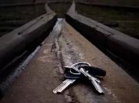 Отдел образования: ребенок упал под трамвай, потянувшись за ключами
