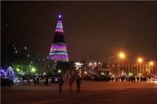 В Павлодаре открыли главную ёлку