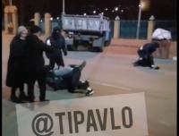 Потасовку между патрулирующими улицы Павлодара военнослужащими и прохожими прокомментировали в полиции
