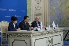 Канат Бозумбаев предложил компании НПК «Свет» взять на себя освещение городов области