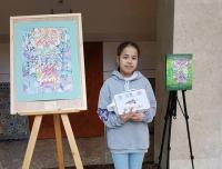 Юная павлодарская художница поехала за наградой в Африку