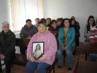 Мать и свекровь убитой мужем Ольги Чупразовой помирились ради внука