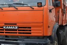 Рядом с автомойкой в Павлодаре погиб водитель КамАЗа