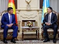 Казахстанские власти окажут гуманитарную помощь жителям Кыргызстана