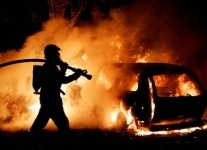 В Павлодаре полностью сгорела машина