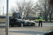 В Павлодаре до основания сгорел легковой автомобиль