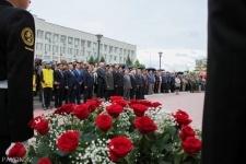 Павлодарцы возложили цветы к мемориалу памяти жертвам политических репрессий