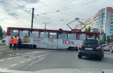 Неопытный водитель трамвая в Павлодаре всполошил пользователей соцсетей