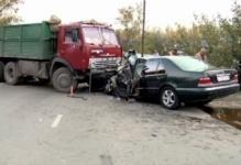 КамАЗ протаранил легковое авто в центре Павлодара