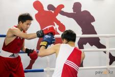 В подвале одного из домов Павлодара бизнесмен оборудовал детский боксерский клуб