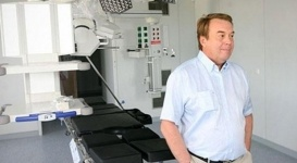 Ведущего онколога Украины уволили прямо во время операции