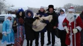 В борьбе за козлика сельчане в Прииртышье слепили 38 снеговиков