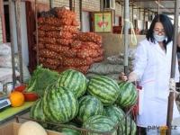 Павлодарские санитарные врачи предупреждают об опасности употребления ранних дынь и арбузов
