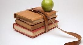 На дефицит учебников на казахском языке пожаловались сенаторам