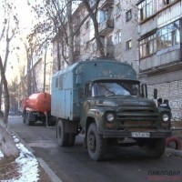 Больше 15 лет жители пятиэтажки по адресу: Чкалова, 12 пытаются избавиться от сырости и грибка в подъездах