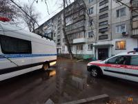 Павлодарец обнаружил в своей квартире трупы жены и детей