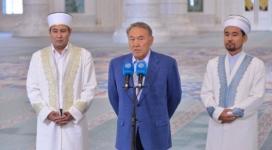Назарбаев: Считать свою нацию выше других - самый большой грех