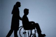Родителям детей-инвалидов оказывают помощь по скайпу